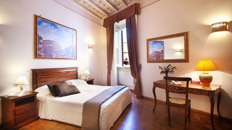 pantheon-inn-rome-room-11